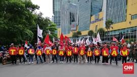 Setuju Bahas Omnibus Law, DPR Dinilai Manfaatkan Wabah Corona
