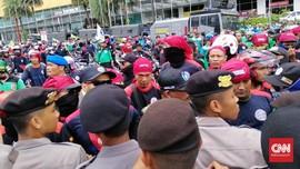 Bentuk Panja, DPR Undang Buruh Bahas Omnibus Law Ciptaker