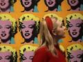 FOTO: 'Menyapa' Andy Warhol di London