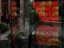 Penampakan BEI Saat IHSG Drop 5% & Perdagangan Dihentikan
