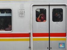 Penumpang KRL Sempat Numpuk di Stasiun Saat Lebaran