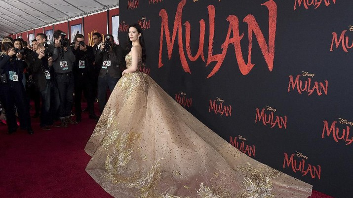 Film live-action Mulan akan tayang pada 27 Maret 2020. Mulan akan jadi film adaptasi dari kisah Disney Princess yang disajikan tanpa adegan musikal.