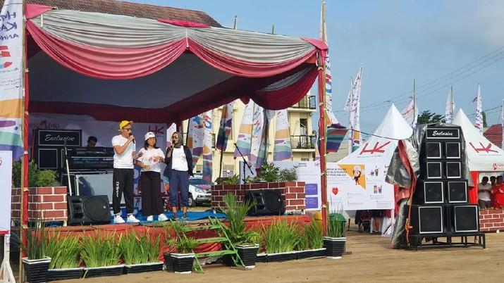 Menyambut hari jadinya yang ke 59, PT Hutama Karya (Persero) untuk pertama kalinya menggelar pesta rakyat dan hiburan bertajuk