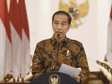 Pak Anies, Jokowi Minta Transportasi Publik Terus Disediakan