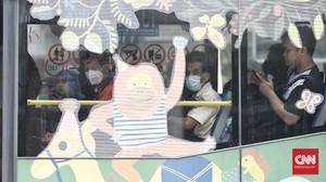 Penumpang Tak Boleh Naik Transjak, LRT dan MRT Tanpa Masker