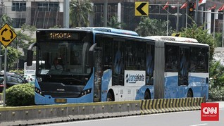 KRL Beroperasi Normal, MRT, LRT dan TransJakarta Dibatasi