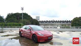 Ikuti Indonesia, Polisi Thailand Pakai Mobil Listrik Tesla