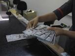 Dolar AS Loyo di Asia dan Eropa, Ada Apa Gerangan?