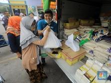 Habis Sentil 3 Menteri, Jokowi Cek Langsung Penyaluran Bansos