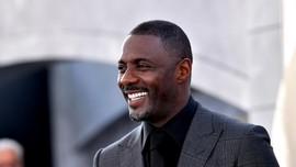 Beres Karantina, Idris Elba Tak Bisa Mudik ke London