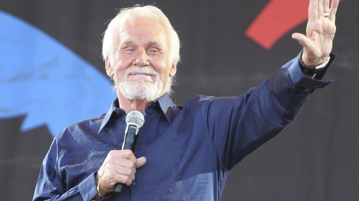 Penyanyi musik Country legendaris, Kenny Rogers meninggal dunia pada umur 81 tahun.