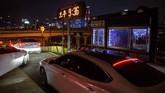 Angka pendapatan film alias box office Korea Selatan telah anjlok dalam beberapa pekan terakhir karena pandemi yang membuat 8.897 orang positif virus corona Covid-19 di negara tersebut dan menerapkan kebijakan larangan keramaian. (Photo by Ed JONES / AFP)