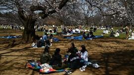 Wabah Corona Membayang Tokyo dan Jepang yang Enggan Lockdown