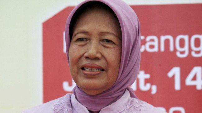 Jokowi Langsung Tinggalkan Pemakaman Mundu Usai Kebumikan Ibu
