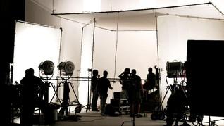 Corona, Industri Film Inggris Beri Bantuan bagi Pekerja Lepas
