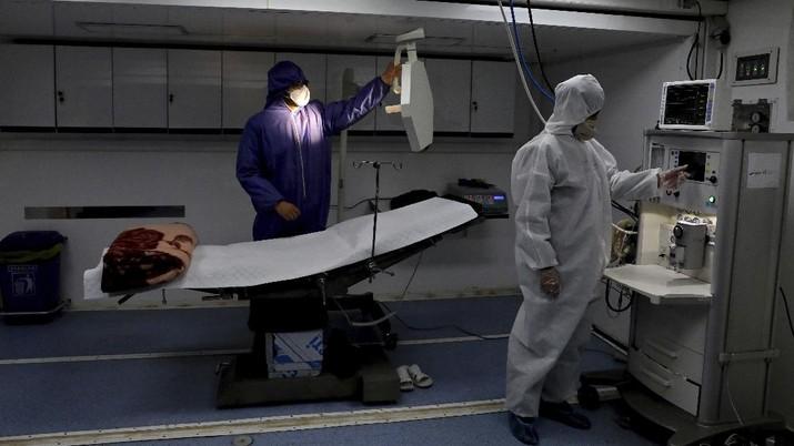 Industri tekstil dalam negeri menyanggupi untuk membuat alat pelindung diri (APD) dalam penanganan virus corona.