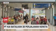 VIDEO: Cegah Corona, PT KAI Batalkan 28 Perjalanan Kereta