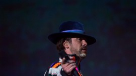 Jamiroquai Ubah Karya David Bowie Jadi Lagu Lockdown Corona