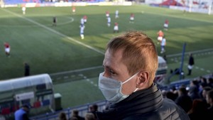 FOTO: Nyali Tinggi Liga Belarusia di Tengah Pandemi Corona