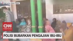 VIDEO: Polisi Bubarkan Pengajian Ibu-ibu