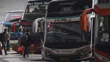 Sempat Akan Setop Layanan Bus, Anies Risau Penyebaran Corona