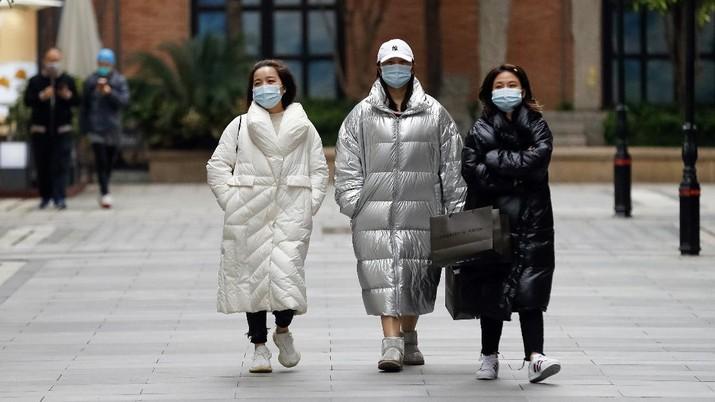 Pandemi virus corona (COVID-19) sudah menginvasi 200 negara dan teritorial, dengan total 787.438 kasus terjangkit dan 37.846 kasus kematian.