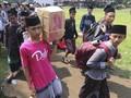 FOTO : Hindari Pandemi Covid-19, Pesantren Pulangkan Santri