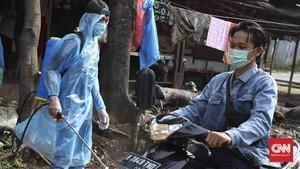 FOTO: Cara Swadaya Warga Bekasi Halau Corona