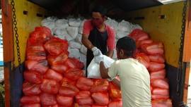 Pemerintah Segera Tebar 200 Ribu Paket Sembako di Jabodetabek