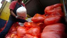 Penimbun Sembako Semasa Wabah Corona Terancam 5 Tahun Penjara