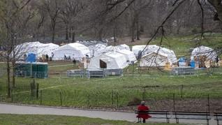 FOTO: Membangun RS Darurat Corona di Taman Kota New York