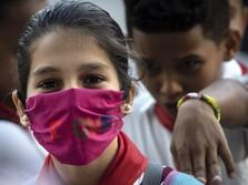 Wajib Pakai Masker Mulai Hari Ini, Memang Produksi Cukup?