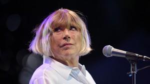 Corona, Mantan Kekasih Mick Jagger Dirawat di Rumah Sakit