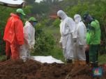 Intip Pemakaman dengan Prosedur Covid-19 di TPU Tegal Alur