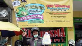 BP Jamsostek Bagikan 15 Ribu Makan Siang Warteg untuk Ojol