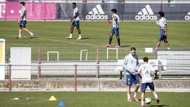 FOTO: Bayern Munchen Berlatih di Tengah Pandemi Virus Corona
