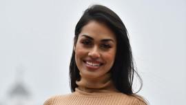 Bantu Atasi Corona, Miss England 2019 Kembali Jadi Dokter