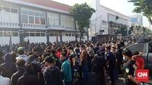 Tuntut Penuntasan Kasus, Ribuan Massa Pagar Nusa Demo Polres
