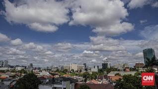 BMKG Jelaskan Faktor Langit Biru Jakarta Imbas PSBB Corona
