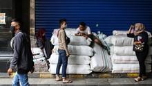 New Normal, Pedagang Wajib Batasi Akses Keluar-Masuk Toko