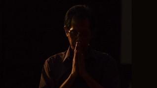 FOTO : Peringatan Jumat Agung Dunia di Tengah Pandemi Corona