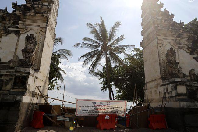 Mulai Jumat Ke Bali Pakai Pesawat Harus Ada Bukti Tes Pcr