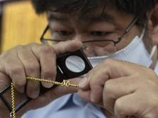 Rekor Terus-terusan, Harga Emas Kini Ambles Jadi US$ 1.743/oz