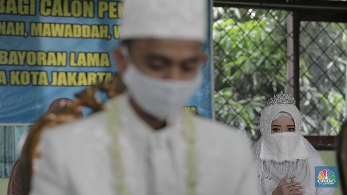 Pernikahan di Tengah Pandemi Covid-19 (CNBC Indonesia/Muhammad Sabki)