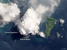 NASA Rilis Foto Gunung Anak Krakatau Saat Meletus Dari Dekat
