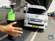 Naik Mobil Pribadi Tak Wajib Tes Antigen, Jangan Happy Dulu!