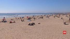 VIDEO: Pandemi Corona, Warga California Ramai-ramai ke Pantai
