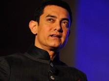 Waduh! Aamir Khan '3 Idiots' Dikelilingi Corona, Kok Bisa?