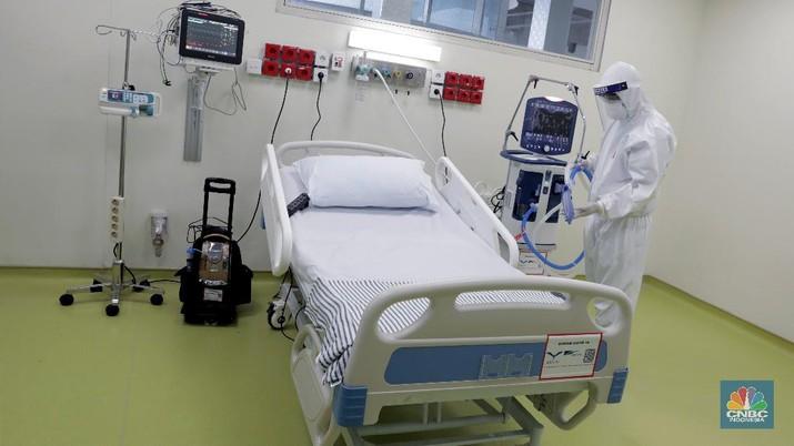 Perlengkapan medis ICU dan HCU untuk penanggulangan Covid-19 di RSUPN Dr. Cipto Mangunkusumo, Jakarta. (CNBC Indonesia/Muhammad Sabki)