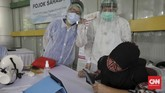 Saat ini di Indonesia tercatat ada 21.827 pasien dalam pengawasan terkait covid-19. Sebanyak 10.118 orang dinyatakan sudah positif corona. CNNIndonesia/Adhi Wicaksono